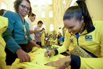 Belo Horizonte (MG) - 26.06.2017 -  Sessão de autógrafos seleção feminina - CCBB