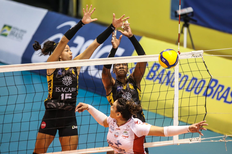 Saquarema (RJ) - 28.03.2021 - Superliga Banco do Brasil feminina - Dentil/Praia Clube x Osasco são Cristóvão Saúde