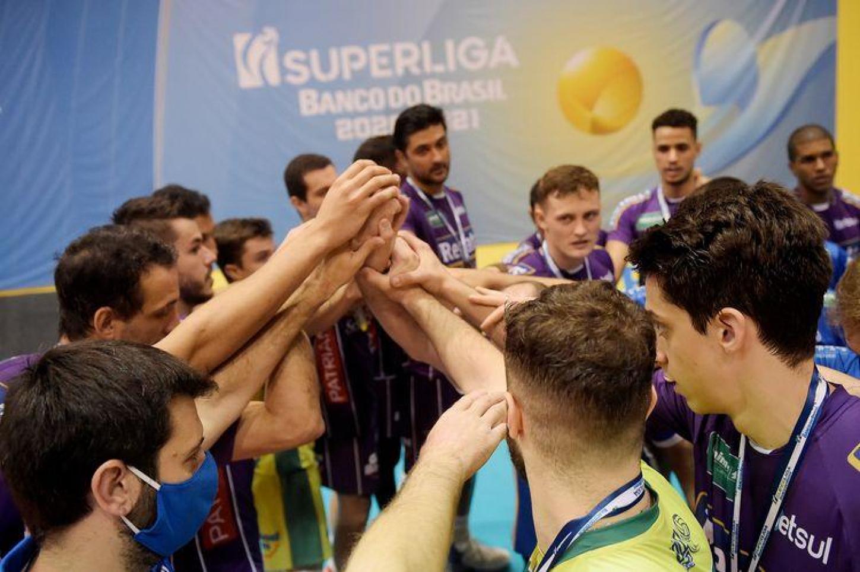 SAQUAREMA (RJ) - 10.04.2021 - SUPERLIGA BANCO DO BRASIL - VÔLEI RENATA X EMS FUNVIC TAUBATÉ