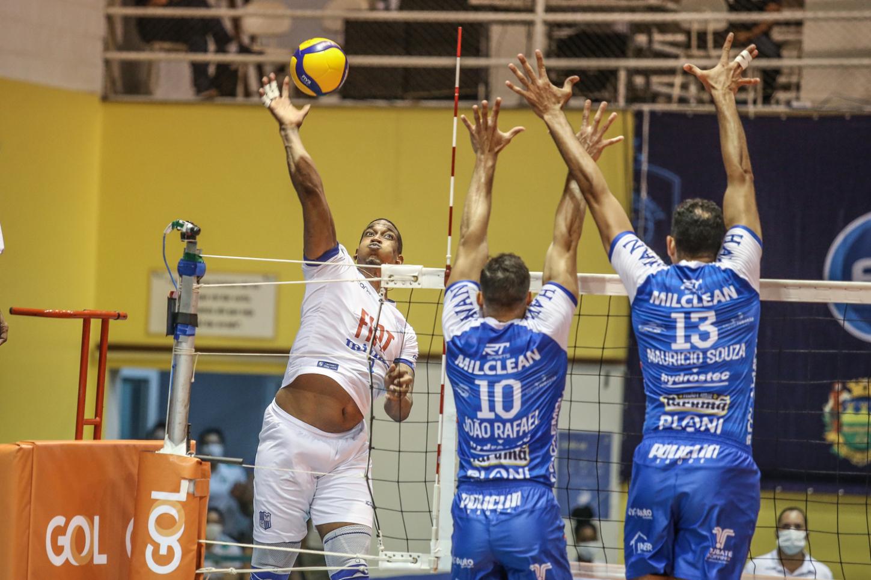 Saquarema (RJ) - 14.04.2021 - Superliga Banco do Brasil 20/21 - EMS Taubaté Funvic x Minas Tênis Clube