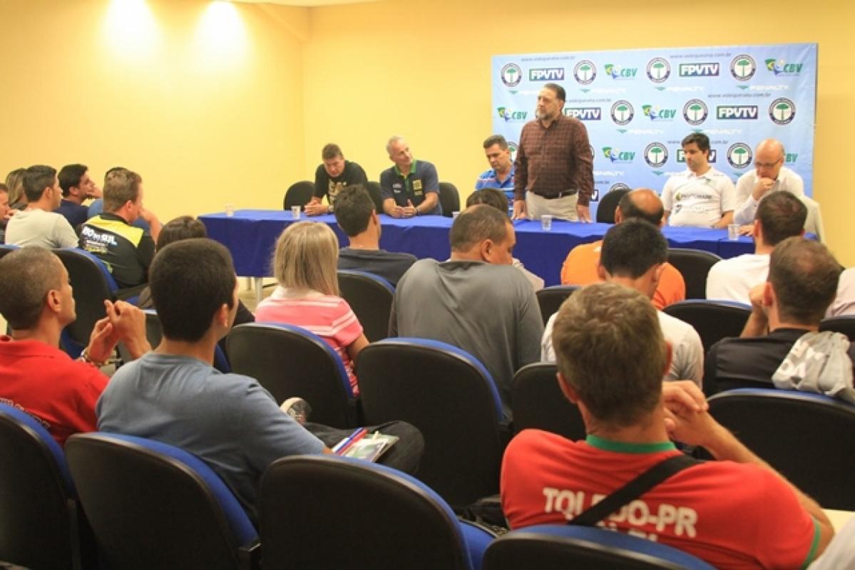 Edição 2015 do Curso Nacional de Treinadores nível II  acontece no Paraná