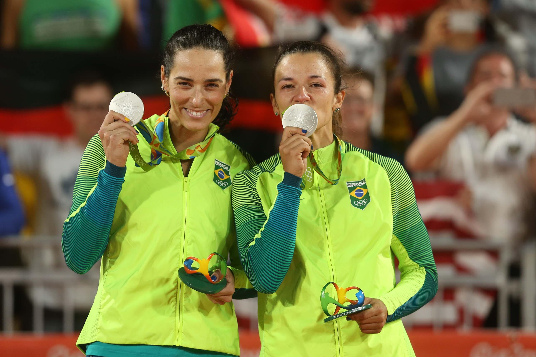 Ágatha e Bárbara Seixas ficam com a medalha de prata