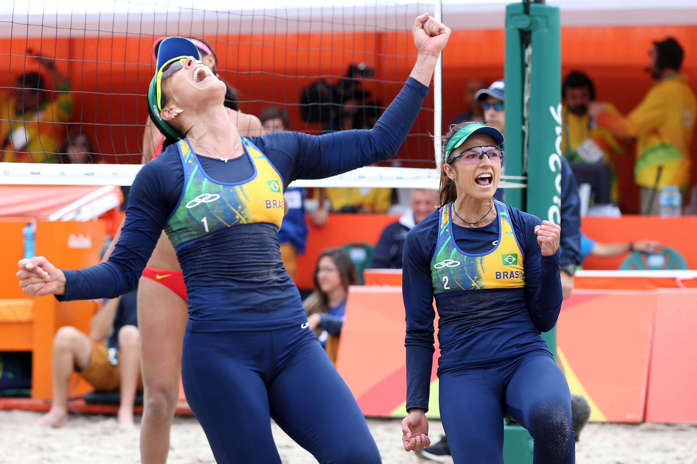 Ágatha e Bárbara Seixas vencem chinesas e avançam às quartas de final