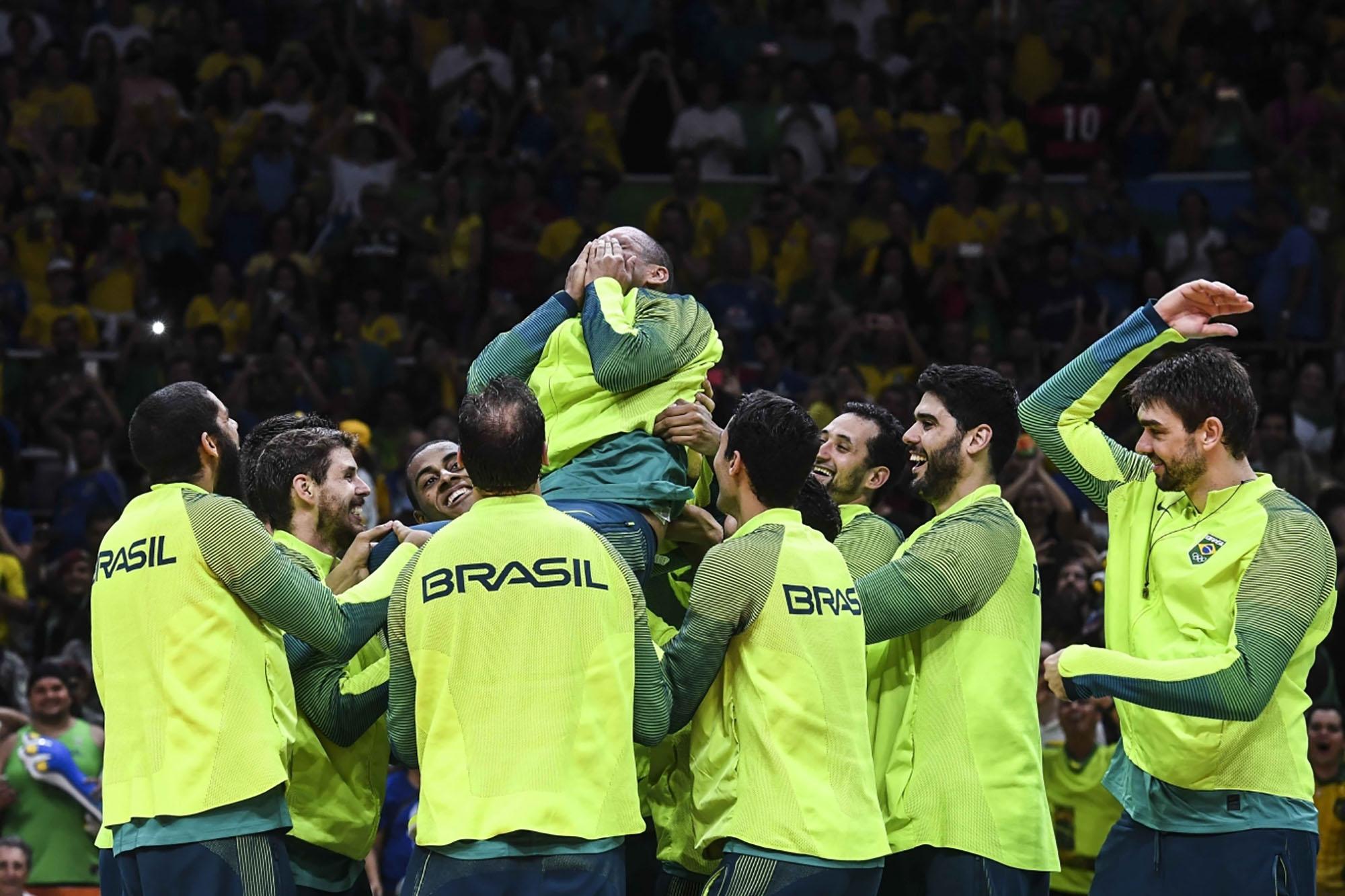Brasil derrota a Itália e é campeão