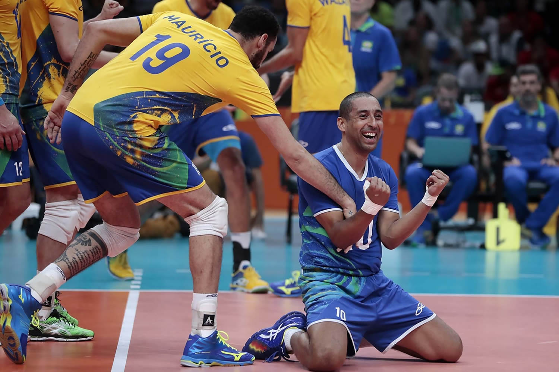 Brasil enfrenta a Rússia na semifinal