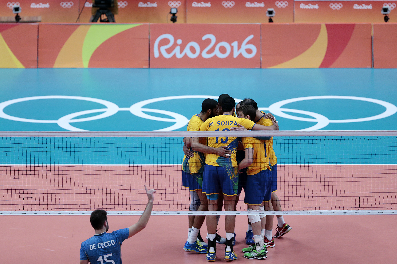 Brasil vence a Argentina e está na semifinal