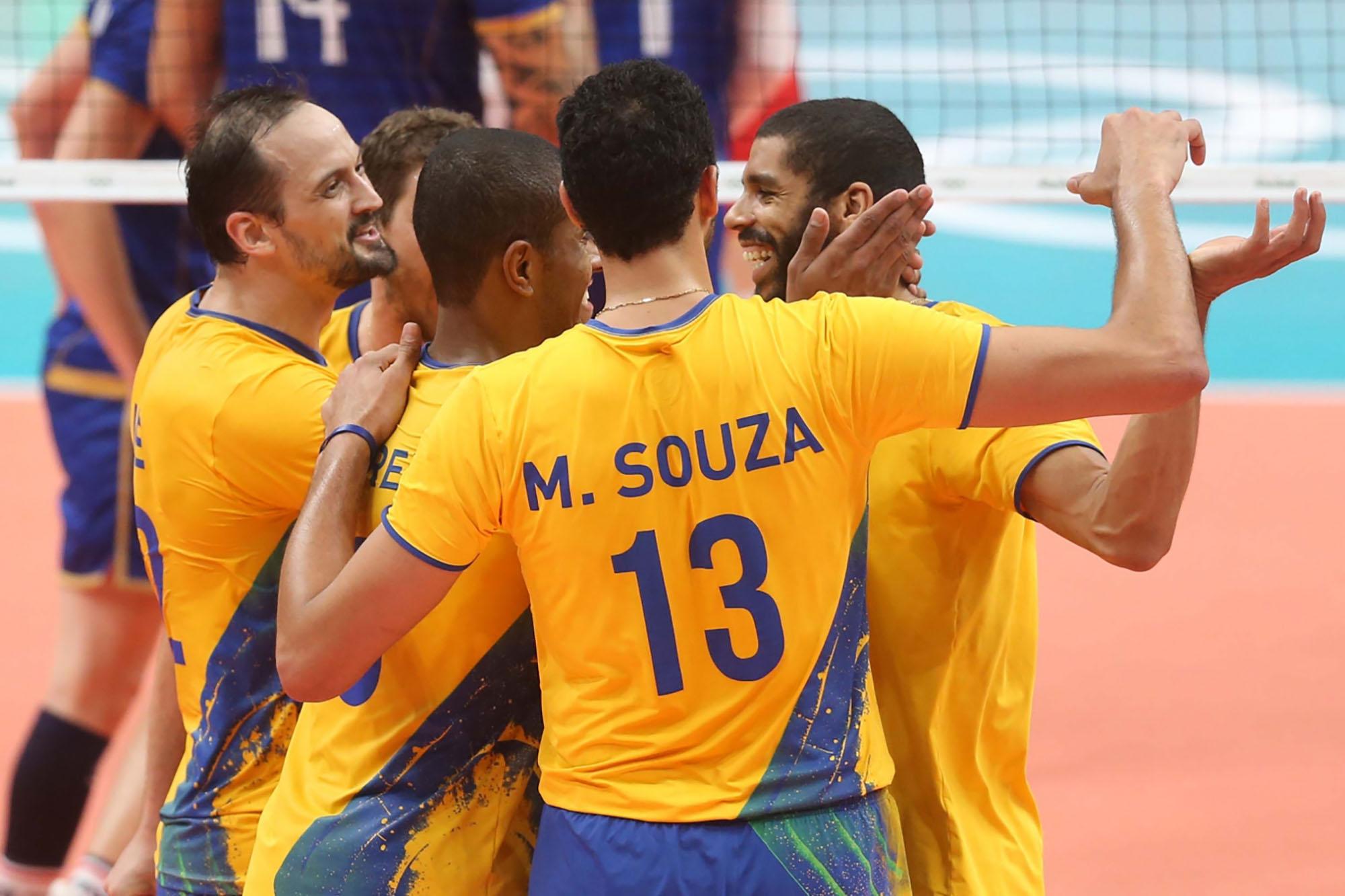 Brasil vence e está classificado para as quartas de final