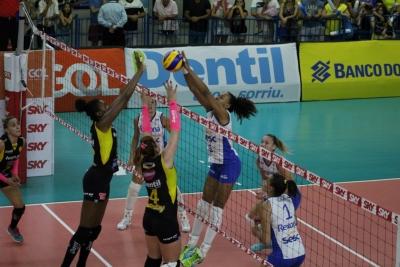 Fora de casa, Rexona-Sesc finaliza ano com vitória sobre o Dentil/Praia Clube