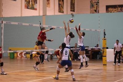 Rio de Janeiro, Rio Grande do Sul e São Paulo largam com duas vitórias