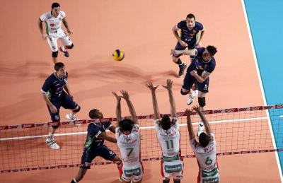 Vôlei Brasil Kirin bate o Minas Tênis Clube e segue invicto