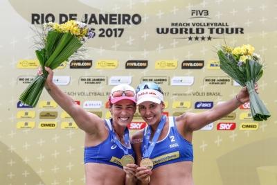 Ágatha e Duda vencem canadenses e levam primeiro ouro internacional