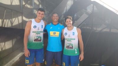Álvaro e Saymon levam ouro em Maringá e Brasil fica com título geral