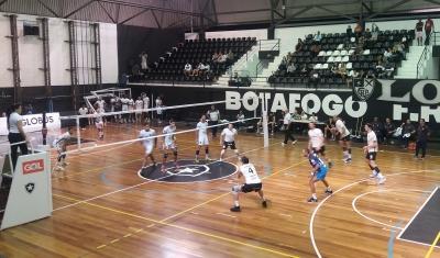 Botafogo vence a segunda e Corinthians/Guarulhos se recupera