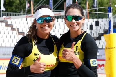 Brasil avança com três duplas às quartas de final no torneio feminino