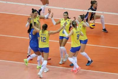 Brasil enfrenta a Sérvia neste sábado por vaga na final