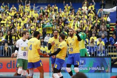 Brasil estreia na Fase Final com vitória sobre o Canadá