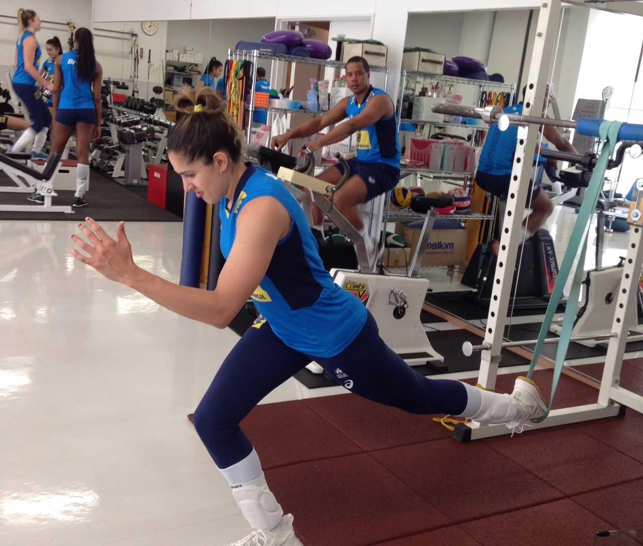 Brasil faz o primeiro treino no Japão