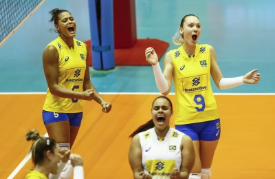 Brasil vence Holanda e se aproxima da Fase Final