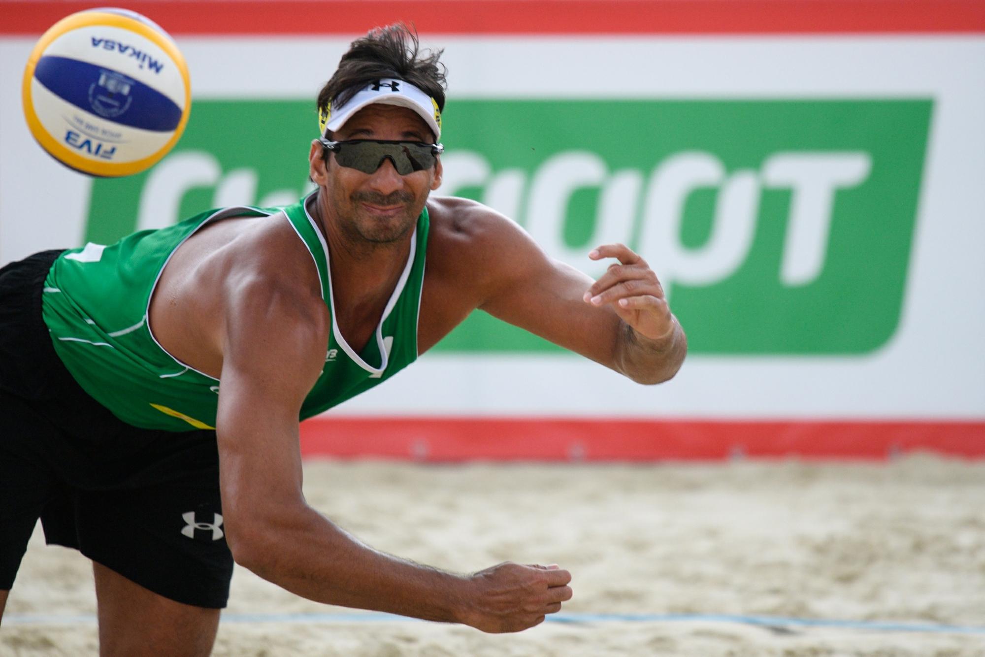 Campeões olímpicos Ricardo e Bruno Schmidt juntos pela primeira vez