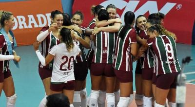 Com apoio da torcida, Fluminense vence Genter Vôlei Bauru no tie-break