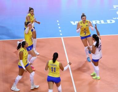 Com virada no quinto set, Brasil vence Turquia