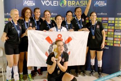 Corinthians é campeão na categoria 50+ feminino