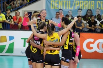Dentil/Praia Clube vence o Terracap/BRB/Brasília e está nas semifinais