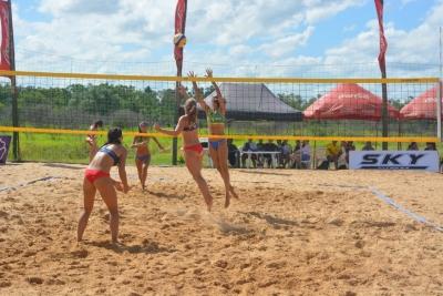 Duplas brasileiras chegam às semifinais na primeira seletiva
