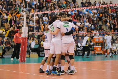 Em Ponta Grossa, Sada Cruzeiro volta a vencer no campeonato