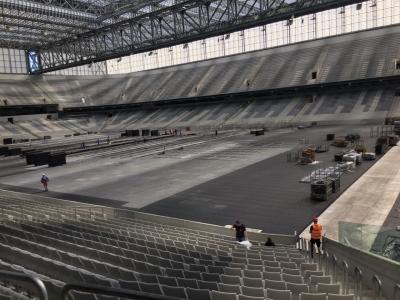 Estrutura do vôlei começa a ser montada no Estádio Atlético Paranaense