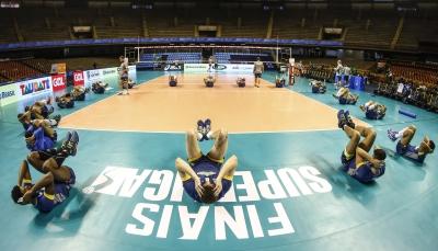Festa de voleibol brasileiro é coroada com super final