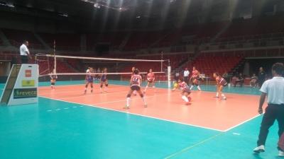 Goiás e Ceará vencem, decidem título e já garantem acesso