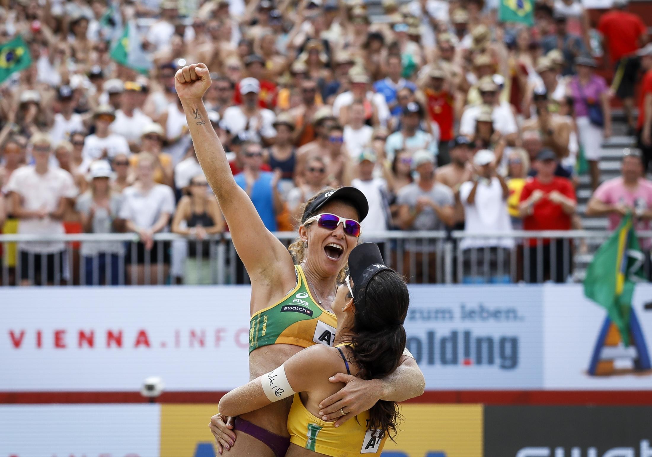 Larissa e Talita superam canadenses e conquistam medalha de bronze em Viena