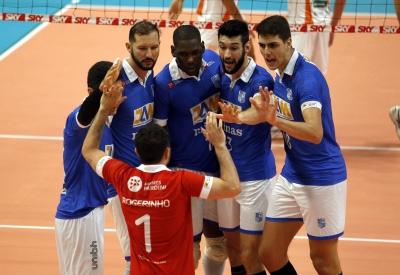 Minas Tênis Clube vence o Copel Telecom Maringá no tie break