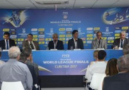 Dirigentes anunciam oficialmente realização da Fase Final em Curitiba