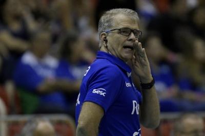 Rexona-Sesc recebe Dentil/Praia Clube no último jogo da fase classificatória