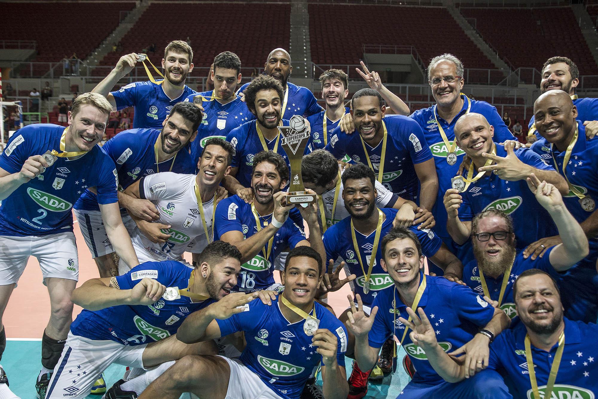 Sada Cruzeiro comemora o título da Supercopa