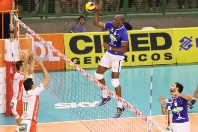 Sada Cruzeiro vence o Brasil Kirin por 3 sets a 0