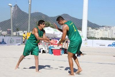 Semifinais definidas com domínio brasileiro