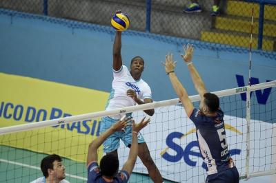 SESC-RJ e APAN/Barão/Blumenau avançam para as semifinais