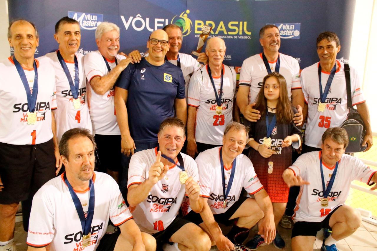 Sogipa fica com o troféu de campeão na 59+ masculina