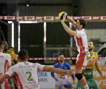 Vôlei Brasil Kirin e Montes Claros Vôlei fazem terceiro jogo da série