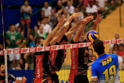 Vôlei Brasil Kirin vence o segundo jogo contra o Montes Claros Vôlei