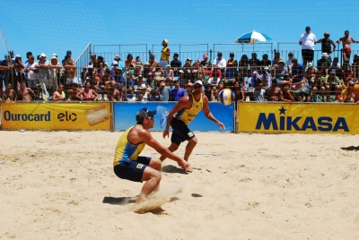 Brasil fecha primeiro dia com duas duplas masculinas invictas em Nova Viçosa