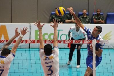 EMS Taubaté Funvic conta com experiência de Dante na semifinal