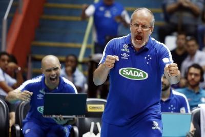 Sada Cruzeiro vence Sesi-SP e sai na frente na grande final