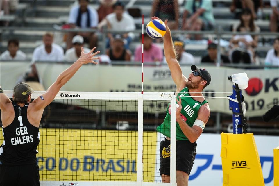Alison e Álvaro Filho vão disputar o bronze na etapa e evento-teste de Tóquio