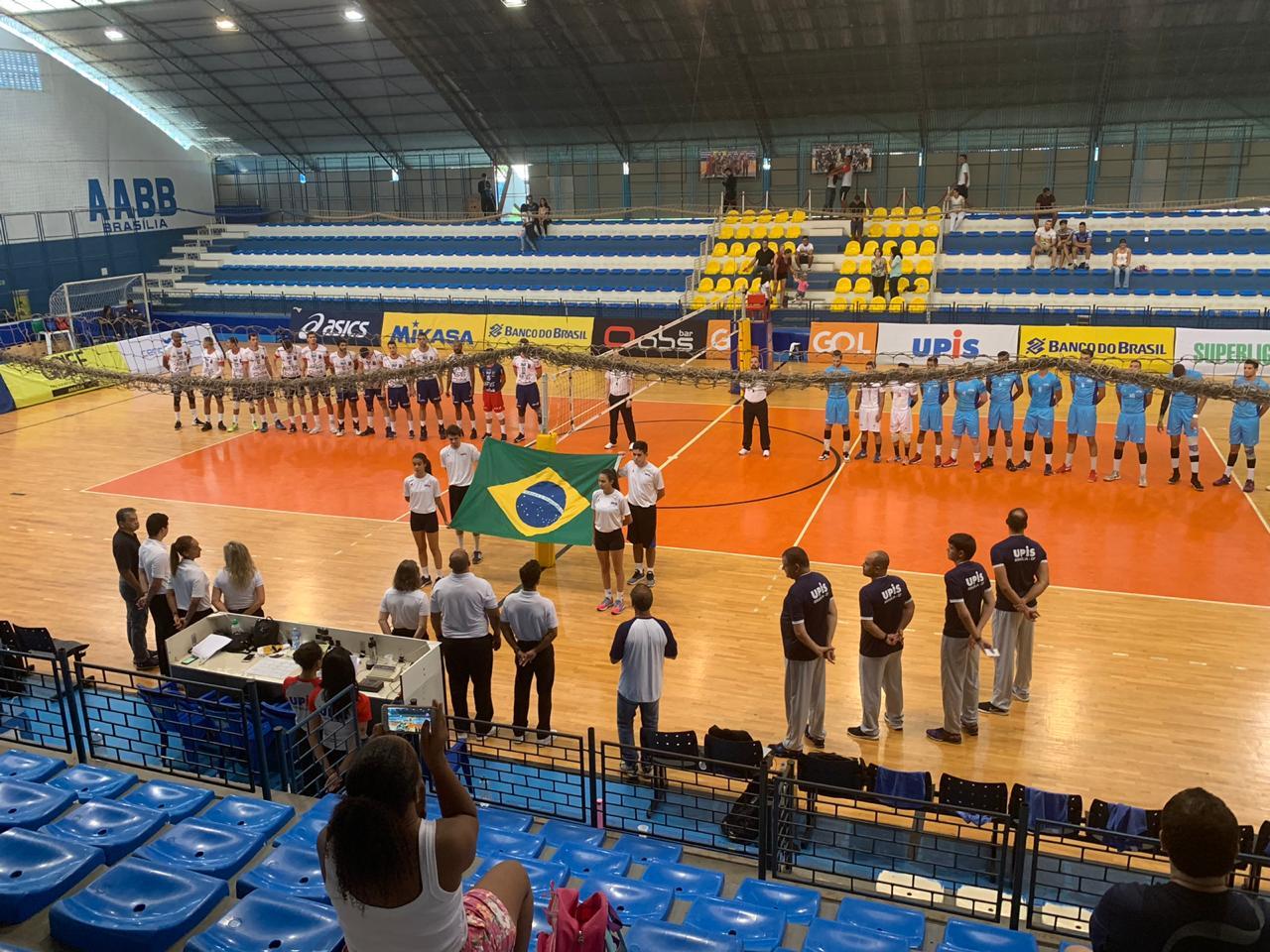 Botafogo, Apan Blumenau, Anápolis Vôlei e Lavras Vôlei largam na frente no playoff