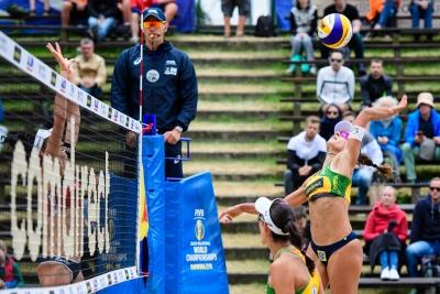 Brasil avança com três duplas para as oitavas do naipe feminino
