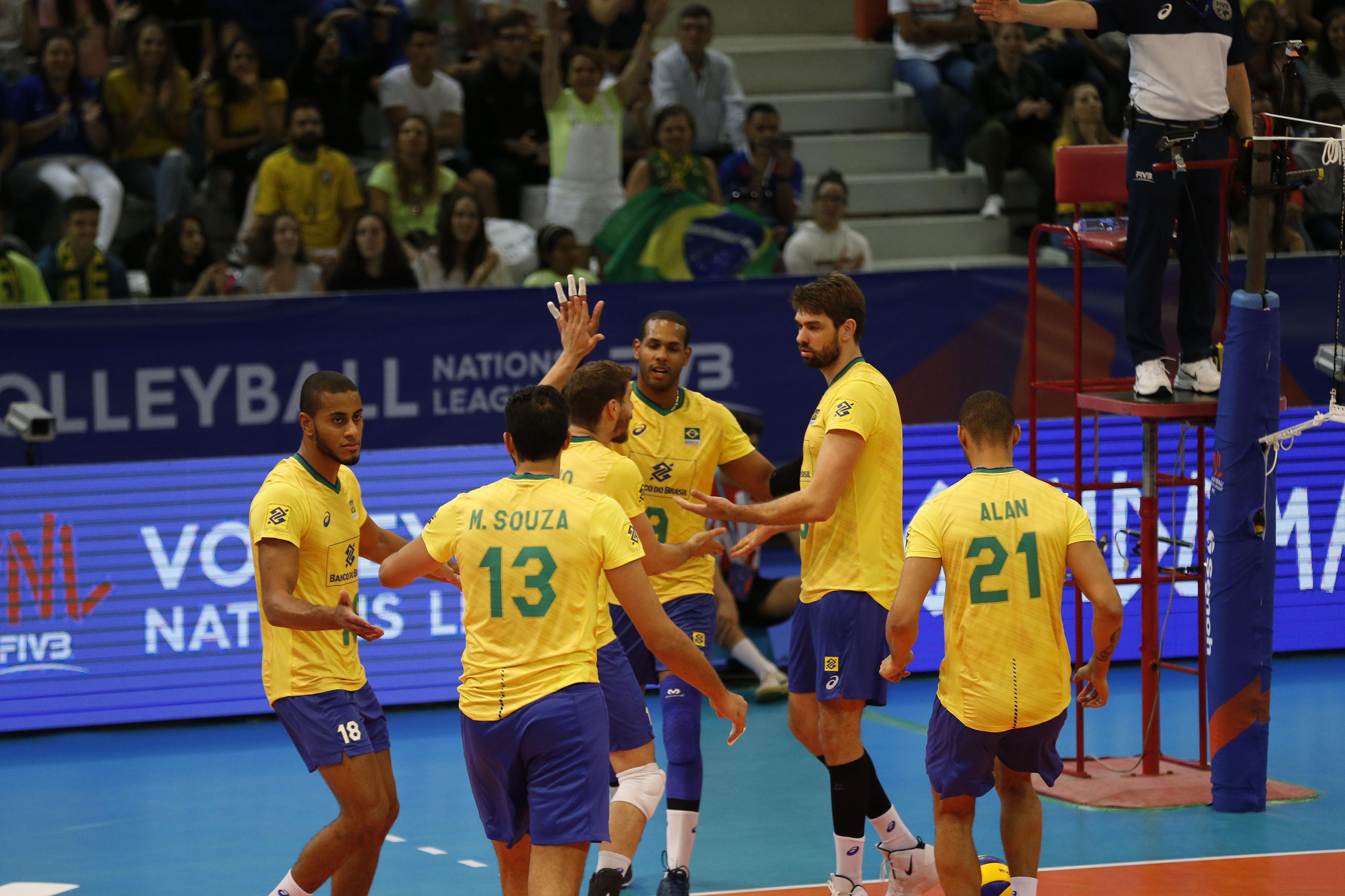 Brasil sofre primeiro resultado negativo na competição